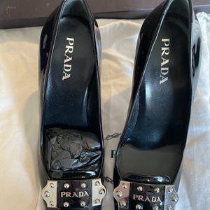 Women's Prada Heels Used Size 7 for Sale in Buford, GA