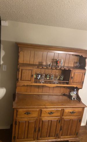 Antique Kitchen cabinet/hutch for Sale in Fort Worth, TX