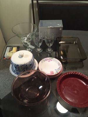 Dishes pyrex glass ets all in good condition for Sale in Riverside, CA