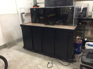 100 gallon acrylic fish tank aquarium for Sale in Fontana, CA