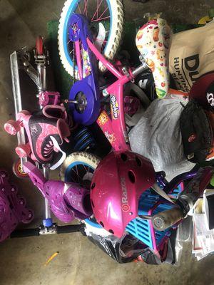 Shopkins girls bike pink for Sale in Huntington Beach, CA