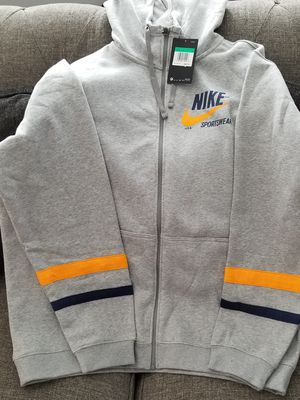 Nike zip hoodie size XL for Sale in Sylmar, CA