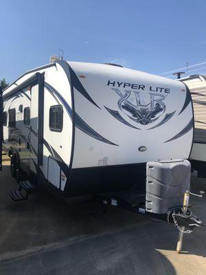 2014 XLR 24fse Toy Hauler bumper pull w/generator for Sale in Fort Worth, TX