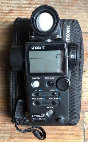 Sekonic L-758dr light meter for Sale in Bellevue, WA