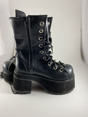 Unisex Boots for Sale in Washington, DC