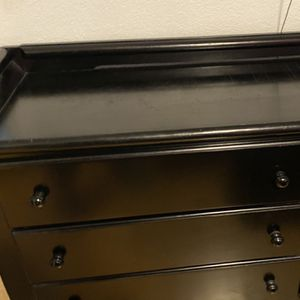 Changing table/dresser Black for Sale in Santa Ana, CA
