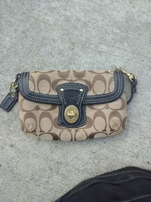 Coach bag for Sale in Baltimore, MD