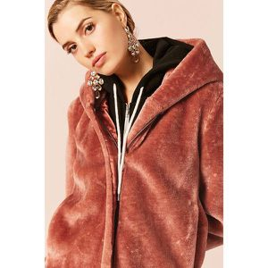 Soft and warm hooded coat by Forever 21 Brand new with Tags / chaqueta de peluche NUEVA for Sale in Fullerton, CA