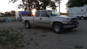 Chevy silverado 2004 for Sale in Turlock, CA