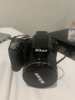 Nikon Coolpix p90 (comes with case) for Sale in Chandler, AZ