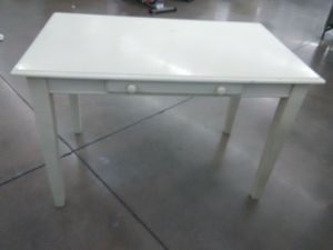 Vintage desk table for Sale in Phoenix, AZ