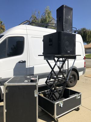 2 Road cases w/Lift Professional for Sale in Rancho Cucamonga, CA