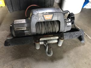 Warn winch 9.5ti for Sale in Denver, CO