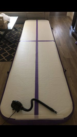 39 feet gymnastic mat for Sale in Riverside, CA
