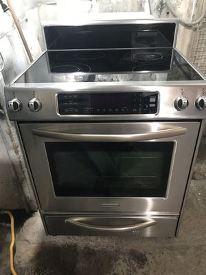 STAINLESS electric stove, huge selection , great condition , work great, great deal for Sale in San Jose, CA