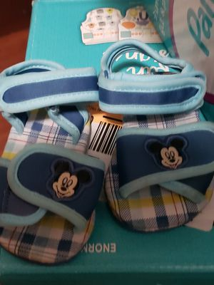 Baby mickey mouse sandals size 6/12M for Sale in Los Angeles, CA
