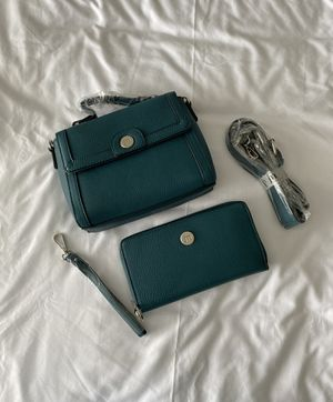 Teal Crossbody And Large Zip Wallet Bundle for Sale in Pasco, WA