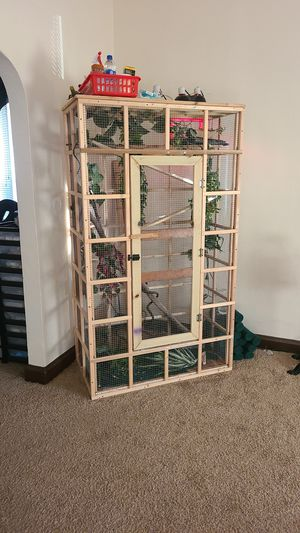 Bird or reptile cage for Sale in Cleveland, OH