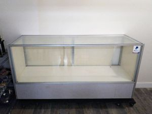 Display Case for Sale in Portland, OR