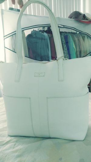 White Tahari leather handbag, new with tags for Sale in Alexandria, VA