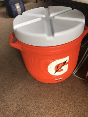 Gatorade cooler for Sale in Pittsburgh, PA