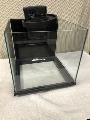 9 gal cube aquarium fully equipped for fish for Sale in Bothell, WA