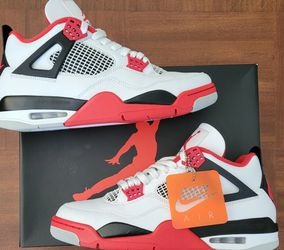 Jordan 4 Fire Red Size 12 for Sale in Bloomington,  CA