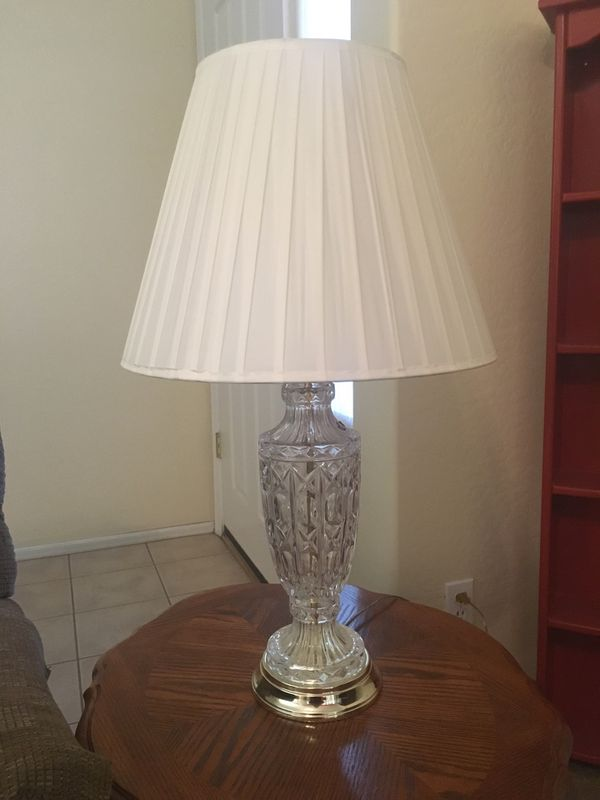 REDUCED!! Large 3 way crystal lamp