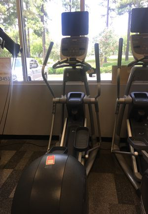 Precor EFX ELLIPTICAL for Sale in Raleigh, NC