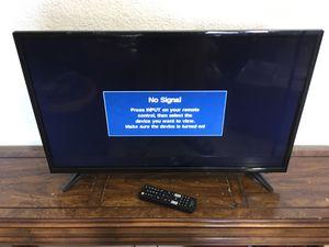 """Insignia 32"""" LED HDTV 720p with Remote for Sale in Miami, FL"""