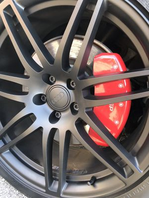 I will black out plasti dip your rims and paint your calipers for Sale in Des Plaines, IL