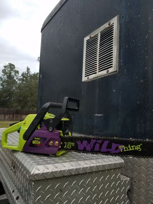 New poulan wild thing chainsaw with case and extra chain for Sale in Saint Cloud, FL