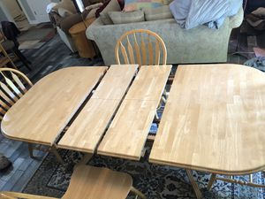 Kitchen table for Sale in Sheridan, IL