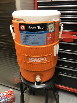 Igloo Sports Cooler for Sale in Claremont, CA