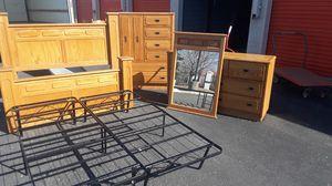 Solid wood bedroom set for Sale in Detroit, MI