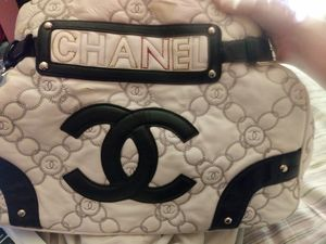 Chanel bag for Sale in Columbus, OH