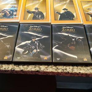 WALT DISNEYS ZORRO EXCLUSIVE DISNEY MOVIE CLUB for Sale in Tampa, FL