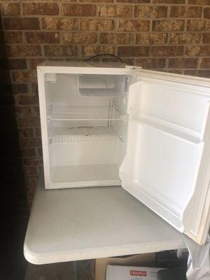 Mini fridge for Sale in Decatur, GA