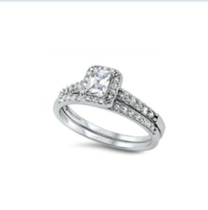 Sterling silver engagement wedding ring set in size 6 for Sale in Los Angeles, CA