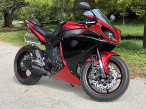 2012 Yamaha R1 YZF-R 1000cc Fast & Loud Bike for Sale in Clearwater, FL
