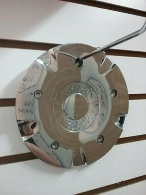 MB Motoring CAP-163 LG Custom Chrome Center Cap Wheel Rim Hubcap Cover Used ONE for Sale in Phoenix, AZ