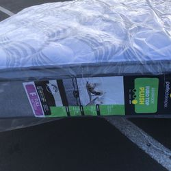 Brand New Mattress for Sale in Bakersfield,  CA