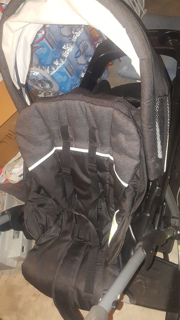 Double stroller used once