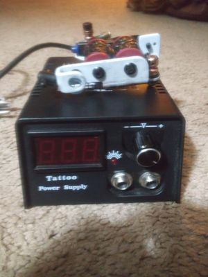 Tattoo gun power supply and tattoo gun barely used for Sale in Peoria, IL