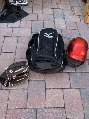 Mizuno Softball bag, helmet and glove for Sale in Lake Mary, FL