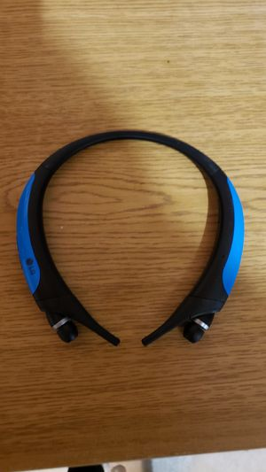 Broken lg tone active bluetooth headset for Sale in Camas, WA