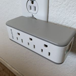Belkin Outlet (Surge Protected) for Sale in Menifee, CA