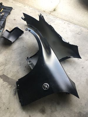 Left and right side fenders for 350z for Sale in Orlando, FL