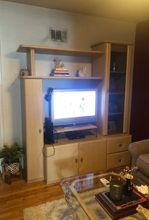 Light wood TV Entertainment Center for Sale in Los Angeles, CA