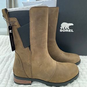 Sorel waterproof Emelie mod boot for Sale in Beaverton, OR